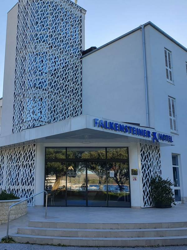 Tesnenje PVC oken in vrat HOTEL PARK PUNAT Izo Termo Ivica Vrbanac