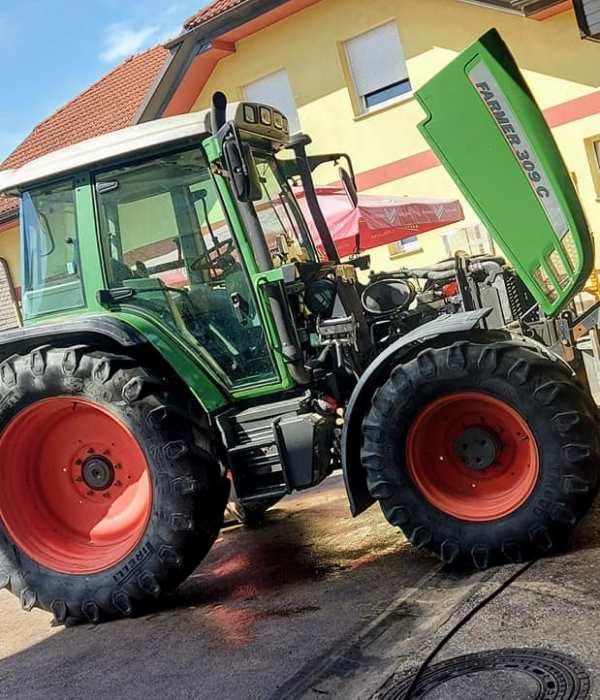 Ugoden servis in popravilo traktorjev, Trakservis Andrej Uranič s.p.
